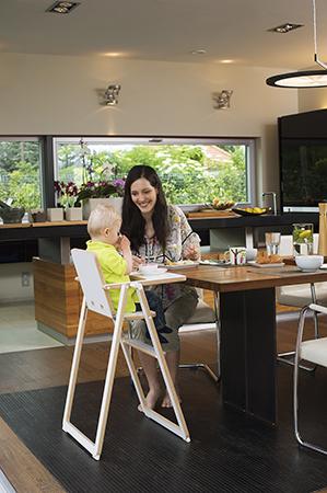 chaise enfant supaflat confortable et compacte dynamic seniors dynamic seniors