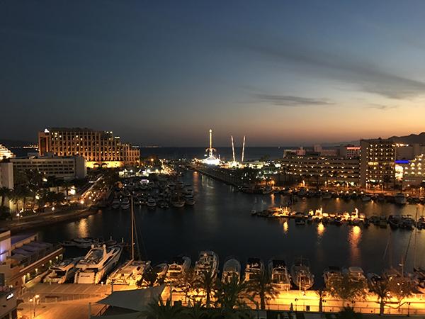 Le port la nuit
