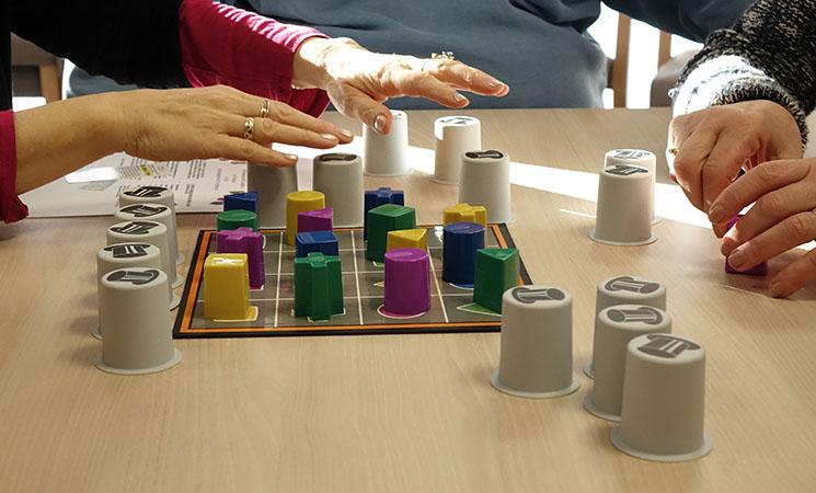 Cirkle Kid jeu sur la mémorisation des formes et des couleurs!