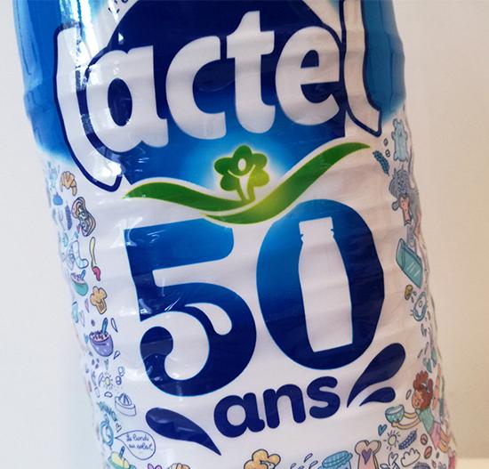 Lactel célèbre ses 50 ans. Près de 10 millions de bouteilles collector illustrées par Marygribouille ont été fabriquées pour cette occasion très spéciale.