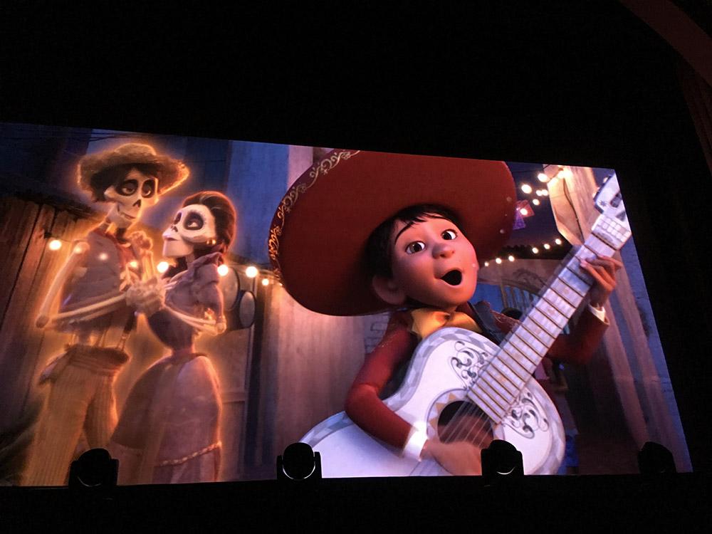 Miguel chante avec Hector