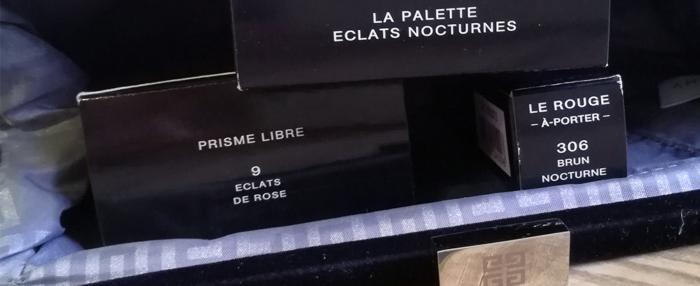 La collection Noël 2017 « Les Nocturnes », édition limitée, signée Givenchy Le MakeUp est entièrement tournée vers les fêtes de Noël et de fin d'année.