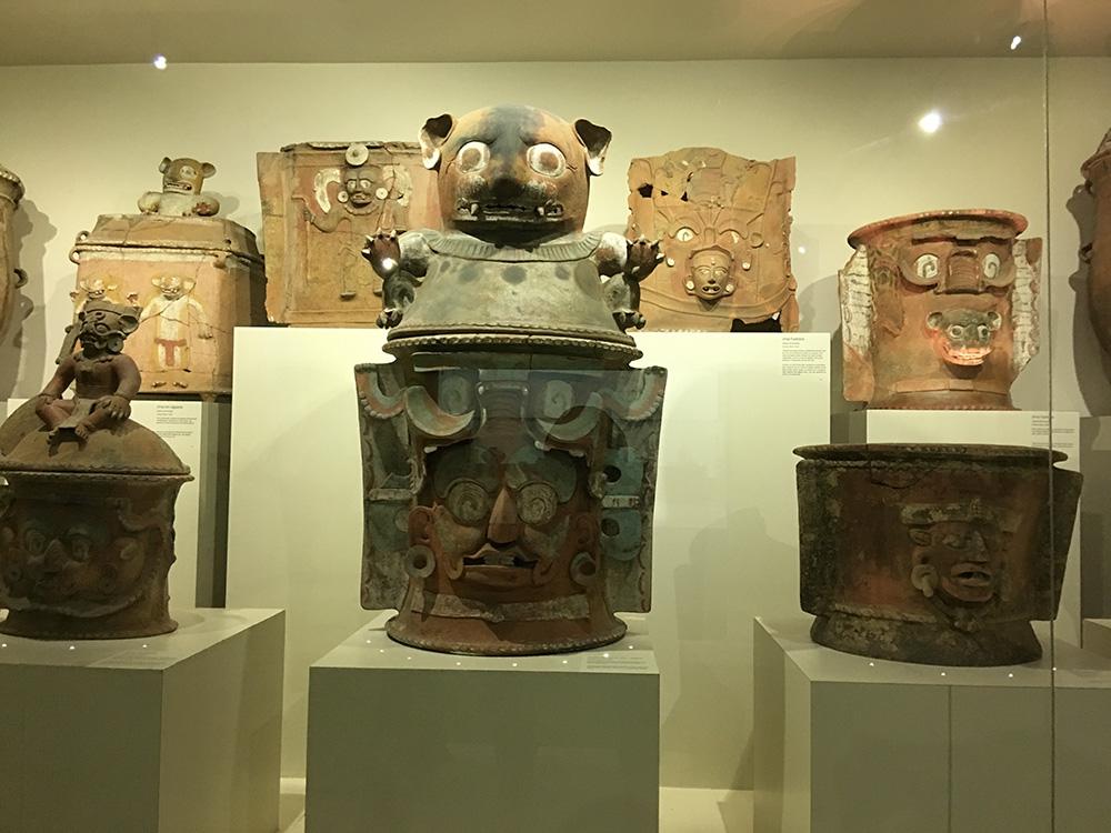 Urne funéraire Mayas
