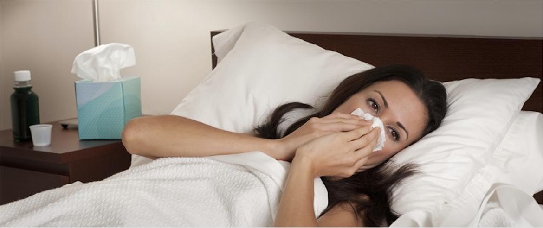 Femme enrhumée