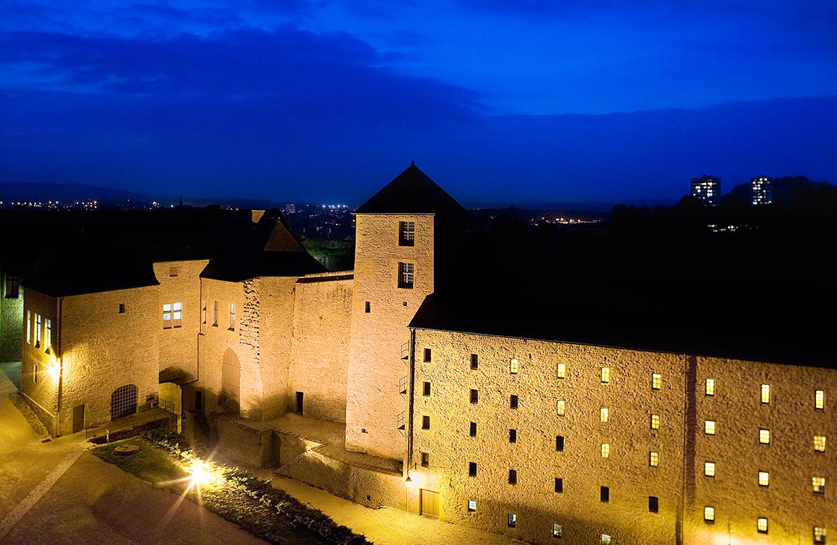 Château Fort de Sedan la nuit