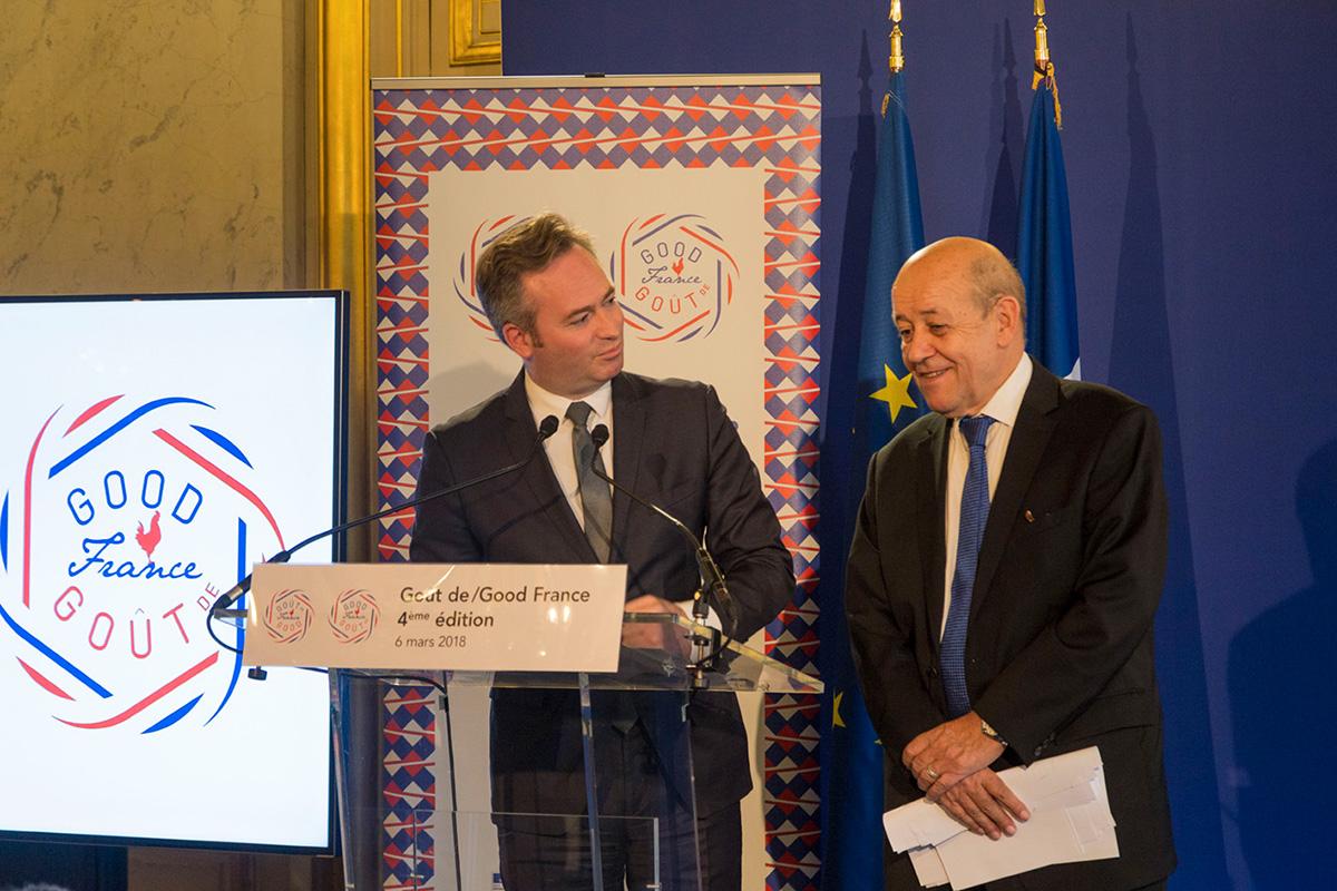 Jean-Baptiste Lemoine son secrétaire d'État et Jean-Yves Le Drian