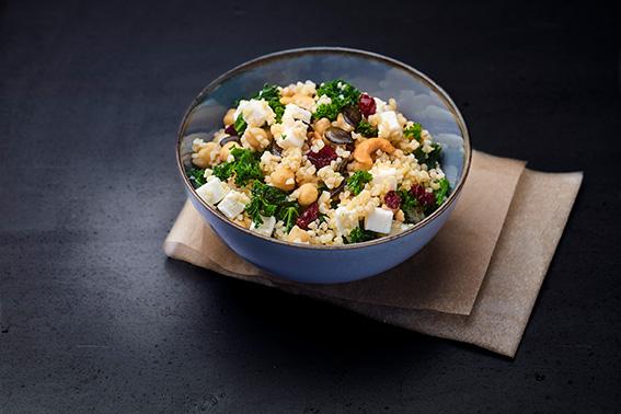 Salade de boulghour, chèvre,chou kale, cranberrie