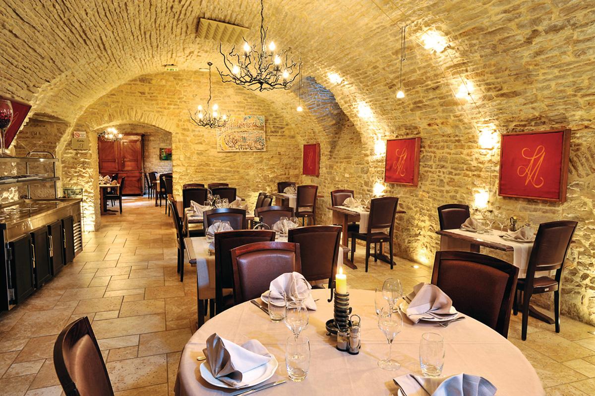 L'Hôtel-Restaurant Logis Le Marius dans l'Aube