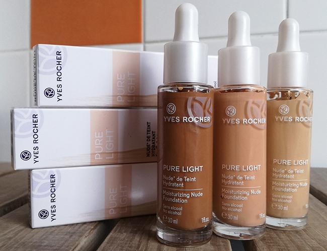 Pure Light, Nude de Teint Hydratant, Yves Rocher associe l'absolue légèreté d'un fond de teint nude au pouvoir hydratant d'un soin.