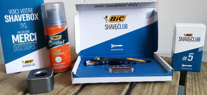 La Shave Boxspécial Fête des Pères comprend le rasoir rechargeable duBicShave Club, cinq recharges de lames, un porte-rasoir et un gel de rasage.