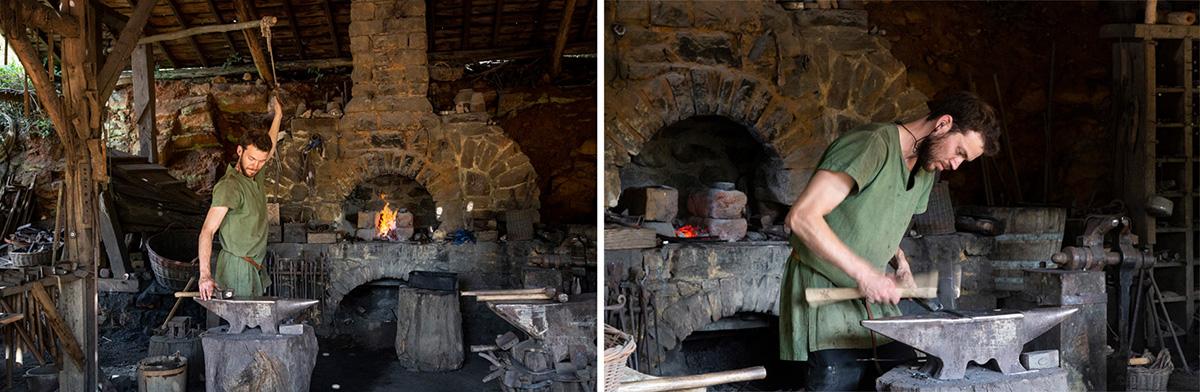 Le forgeron à la forge réparent et fabriquent les outils. Ils réalisent aussi toutes les pièces métalliques du château. © Caroline Paux