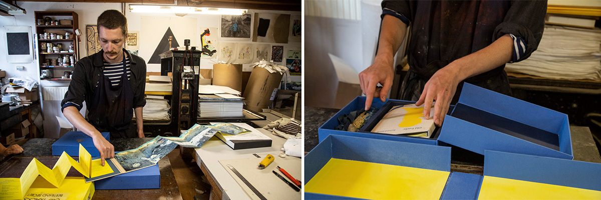 Dans l'atelier de cartonnage on fabrique des boîtes sur mesure.