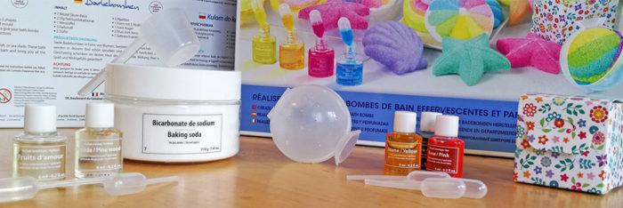Sentosphère lance le premier kit de création de bombes de bain, véritable laboratoire à domicile pour créer des bombes de bain explosives.