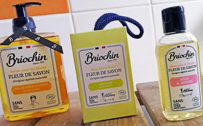Envie de produits de soins authentiques, bio et accessibles ? C'est ce que propose Briochin avec sa gamme Fleur de Savon certifiée Cosmos Organic.