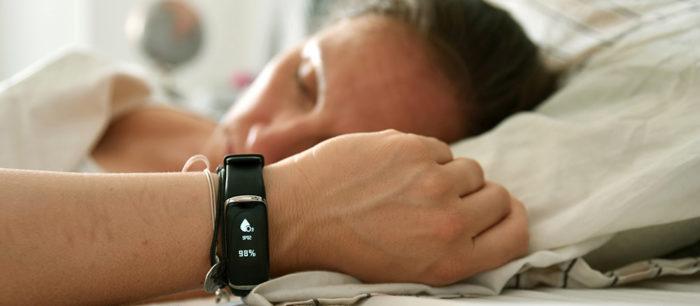 GOO SleepCare est un bracelet d'activités nouvelle génération.