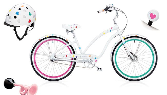 Vélo avec des coeurs