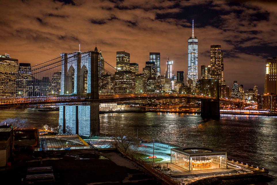 Vue imprenable sur Brooklyn Bridge Park et la skyline…© NYC & Compagny / Julienne Schaer