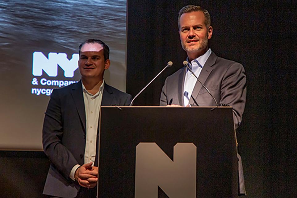 Fred Dixon, P-d-g de NYC & Compagnie, et Christopher Heywood, vice-président de la communication internationale de NYC & Compagnie