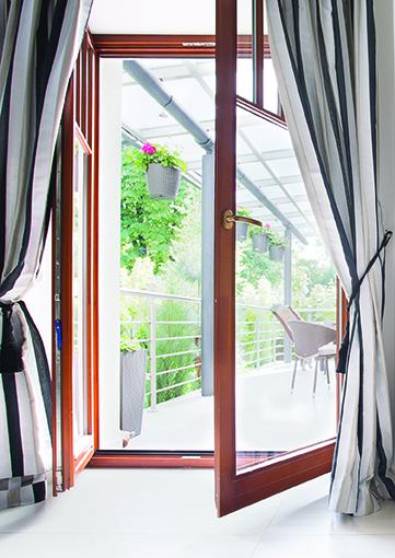 Fenêtre en bois Lorenove