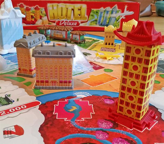 Hotel Deluxe, un tour du monde des palaces en jeu de société