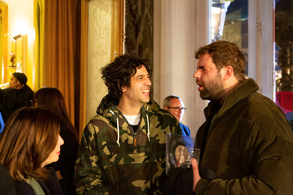 Quand deux «comiques» se rencontrent… on rigole bien. Max Boublil et Quentin ne se la racontent pas!