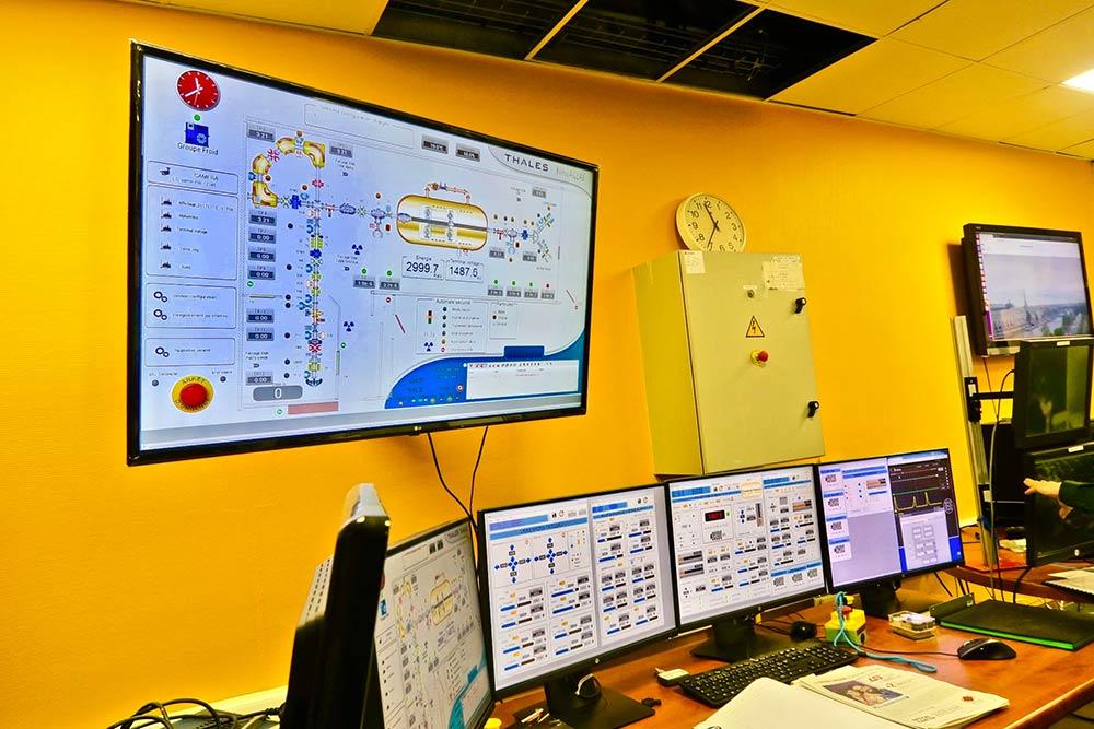 Les résultats d'AGLAE transmis sur ordinateurs au C2RMF