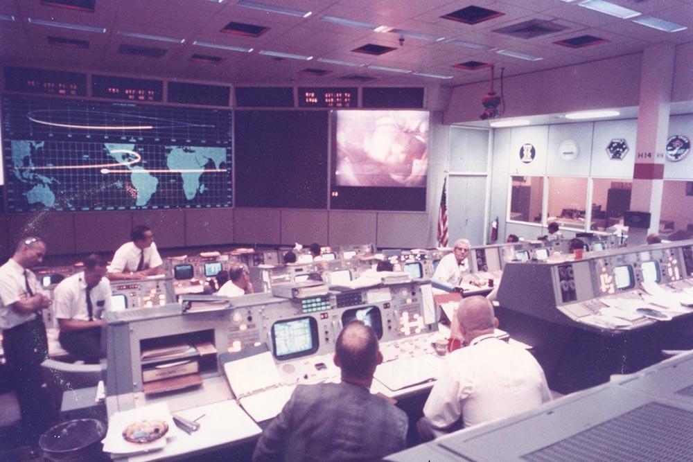 NASA Apollo-11 Room-Control : Galerie Gadcollection