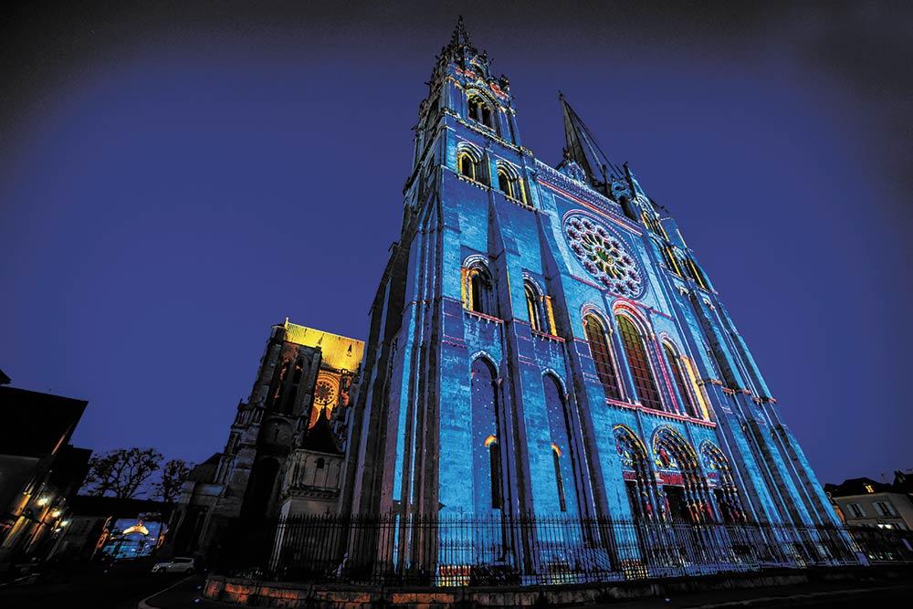 Cathédrale de Chartres bleue