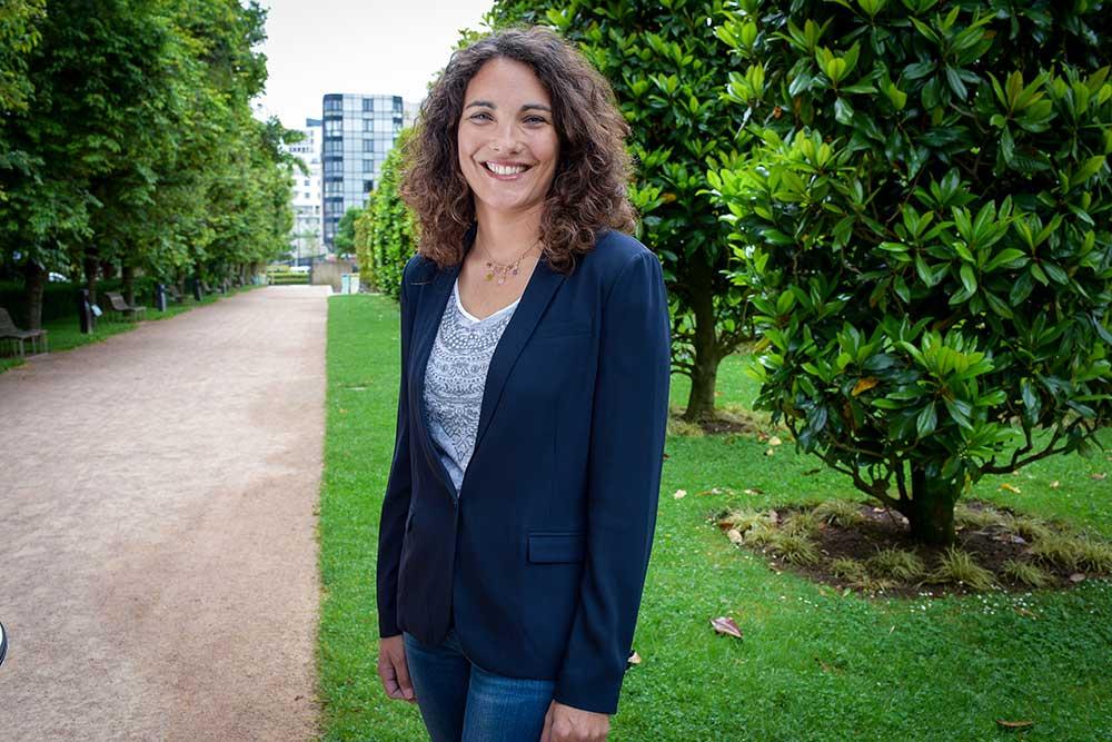 Hélène Moreau en charge des prestations de la société Les Menus Services