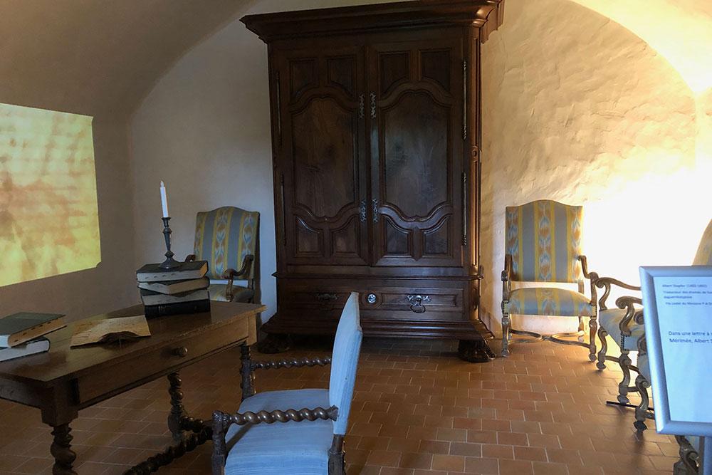 Château de Talcy : magnifique armoire