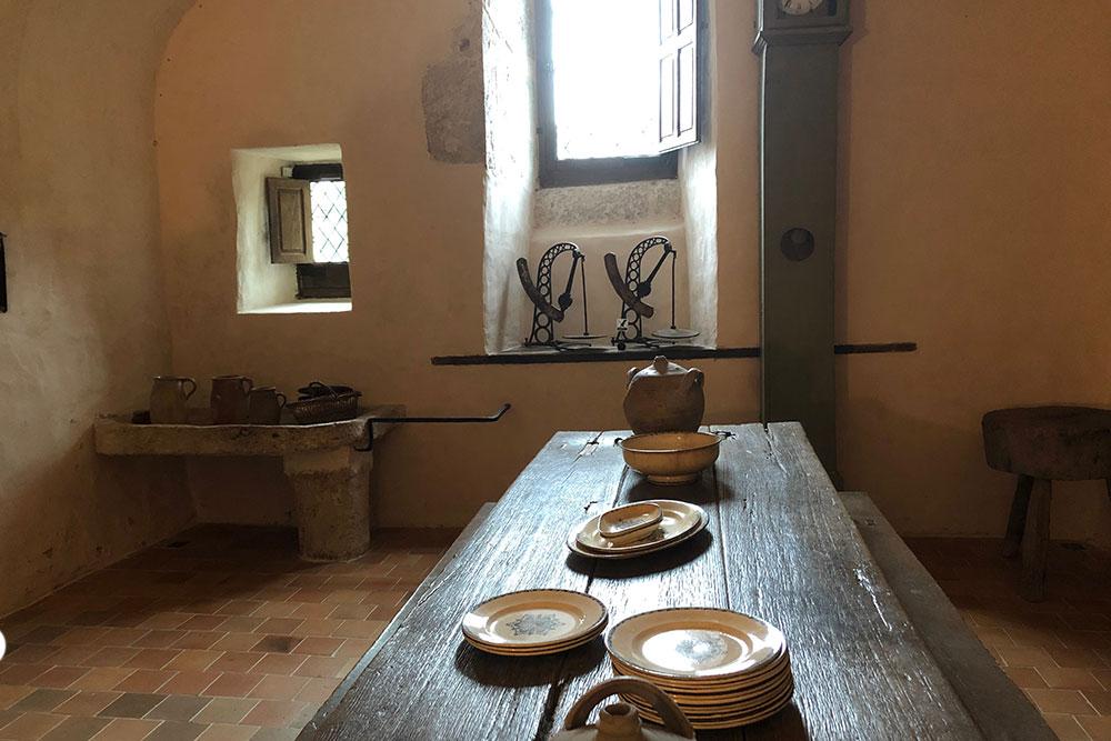 Château de Talcy : table de la cuisine