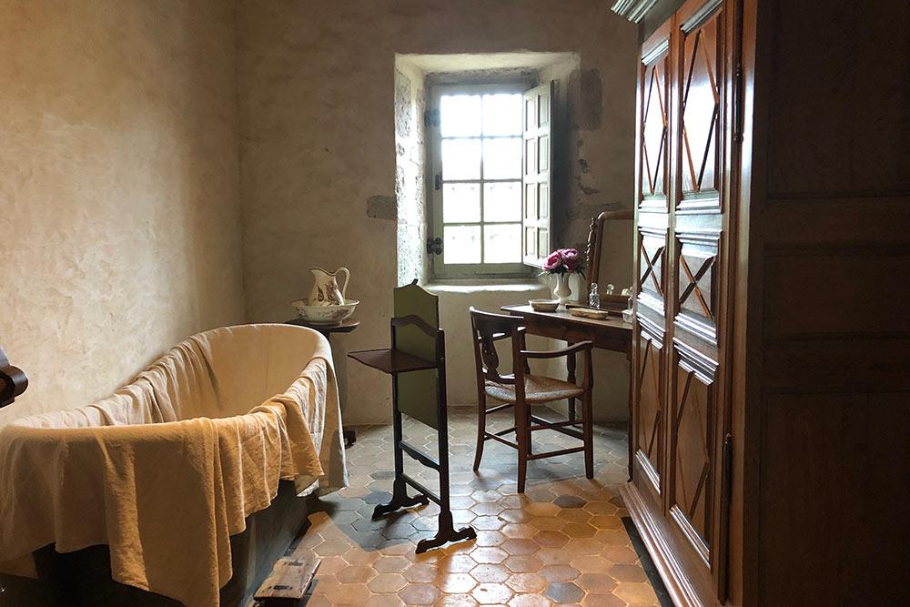 Château de Talcy : salle de bain
