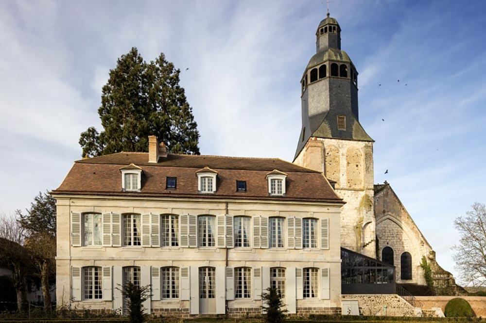 Thiron Gardais : Le Collège Royal