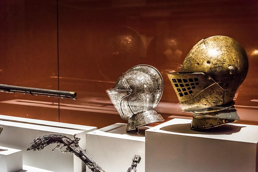 Musée de l'Armée : Exposition Les Canons de l'Elégance