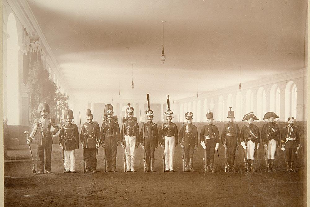 Présentation rétrospective des uniformes du régiment Jägerski à l'occasion de son centenaire