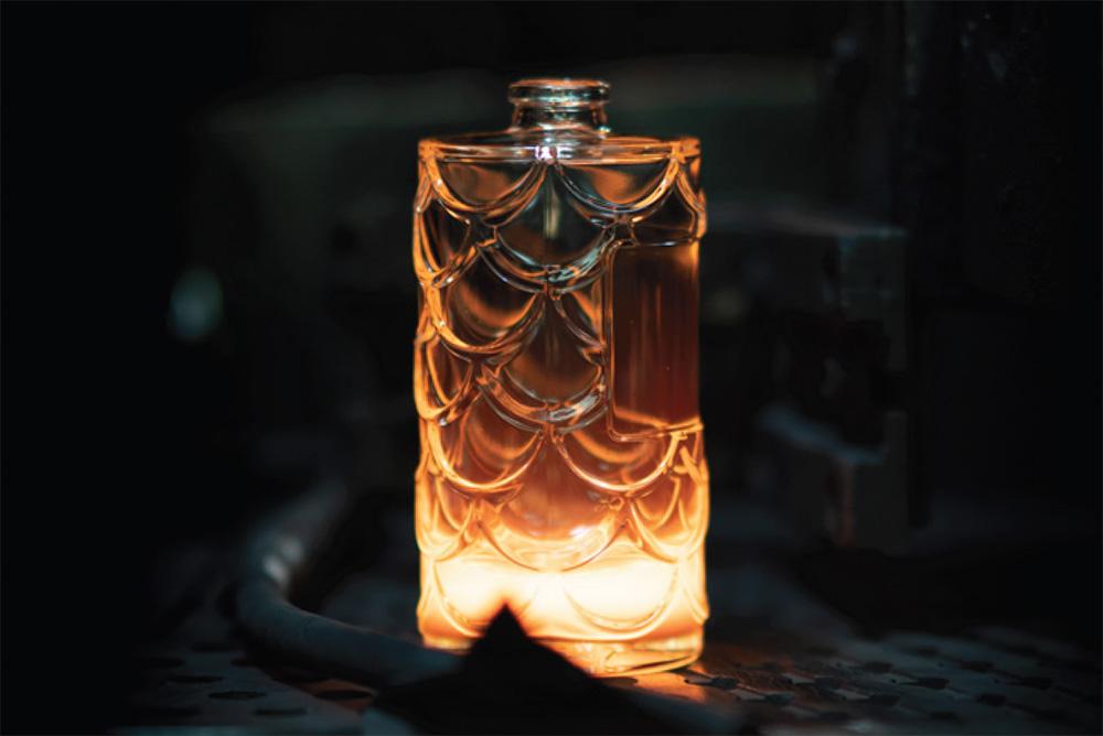 Le flacon de Parfum Rebatchi