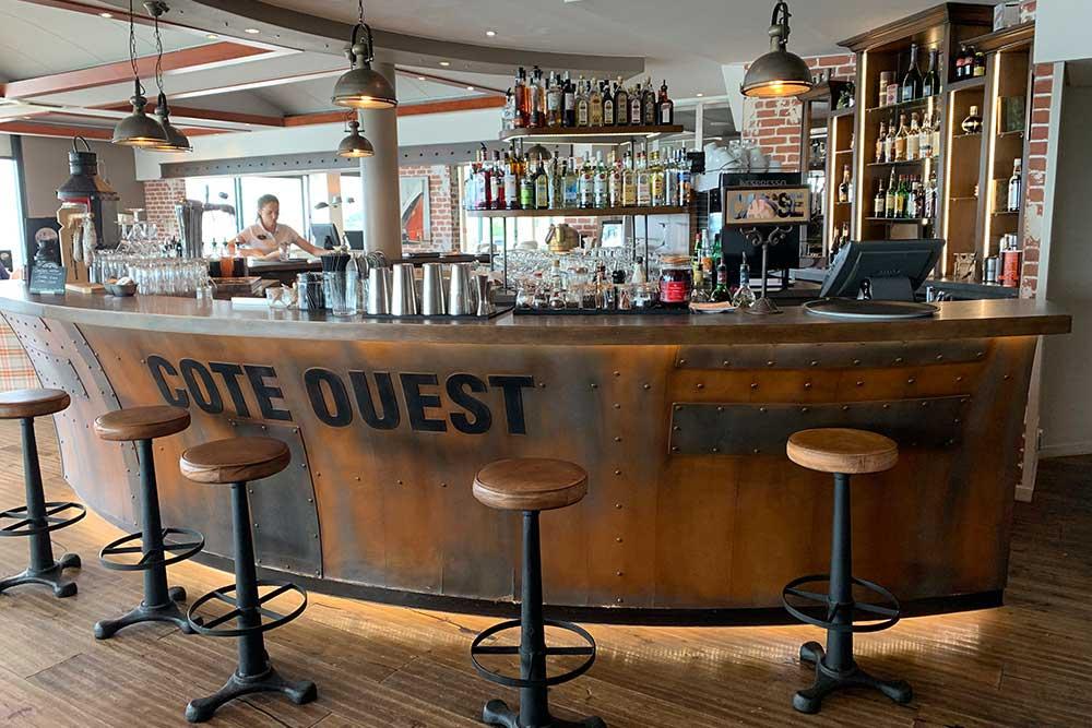 Côte - Ouest = Le Bar