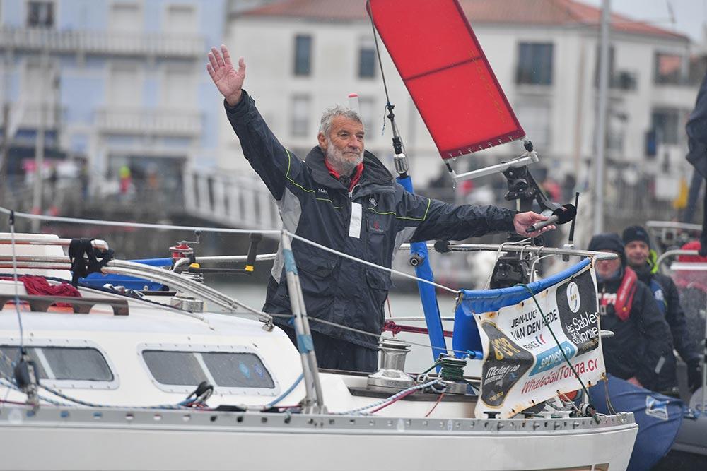 VDH Vainqueur à l'arrivée de la Golden Globe Race aux Sables d'Olonne