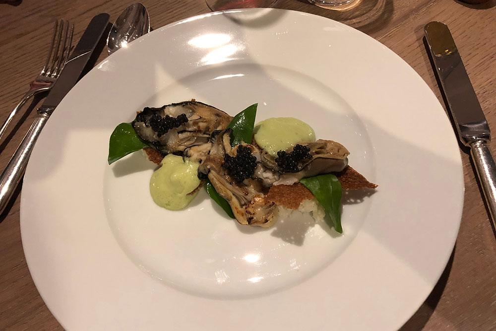 huitres/chou-fleur/ caviar