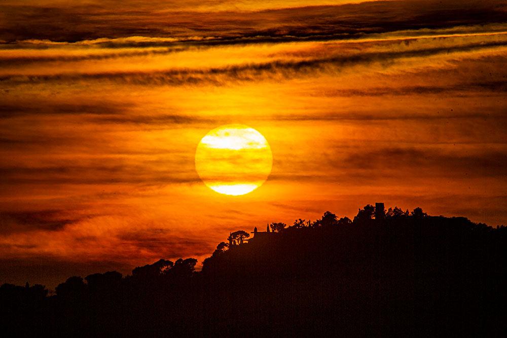 mimosa - Les couchers de soleil dans la baie du Figuier sont fantastiques…