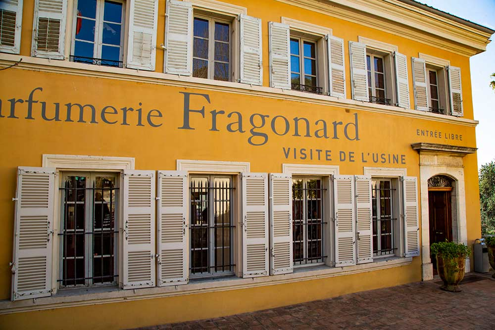 mimosa - L'entrée de l'usine Fragonard.