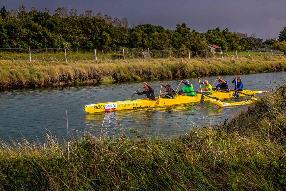-En attendant la prochaine épreuve du Vendée Va'a, on s'entraine dans les marais!