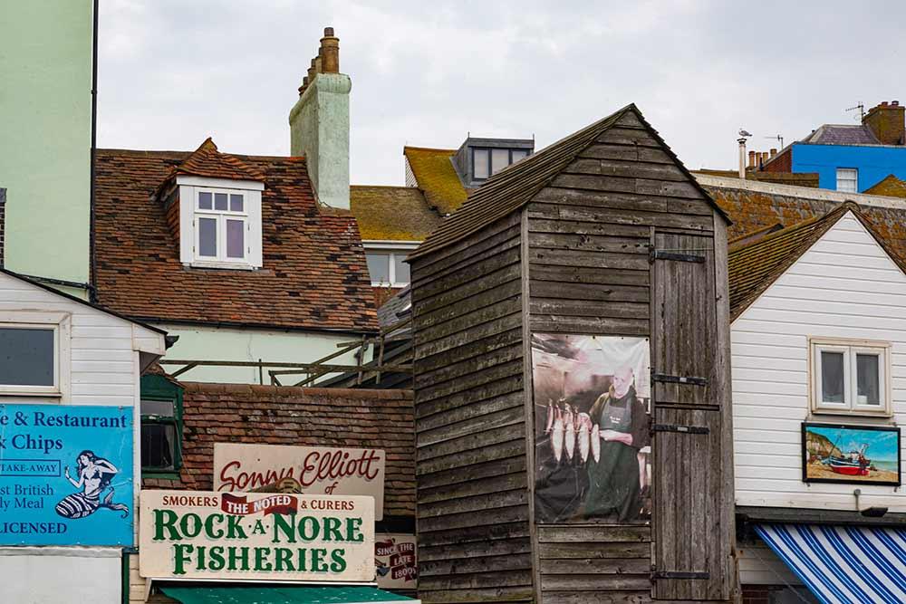 """Hastings - La ville a conservé les """"Net Huts"""" des pêcheurs."""