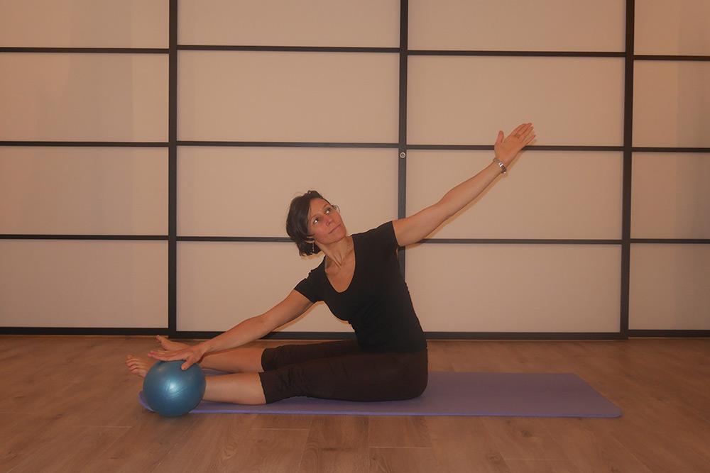 Pilates - Petit ballon avec Isabelle de Chamango Amigosta