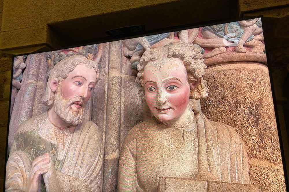 Statues dans l'Eglise Saint-Jacques de Compostelle