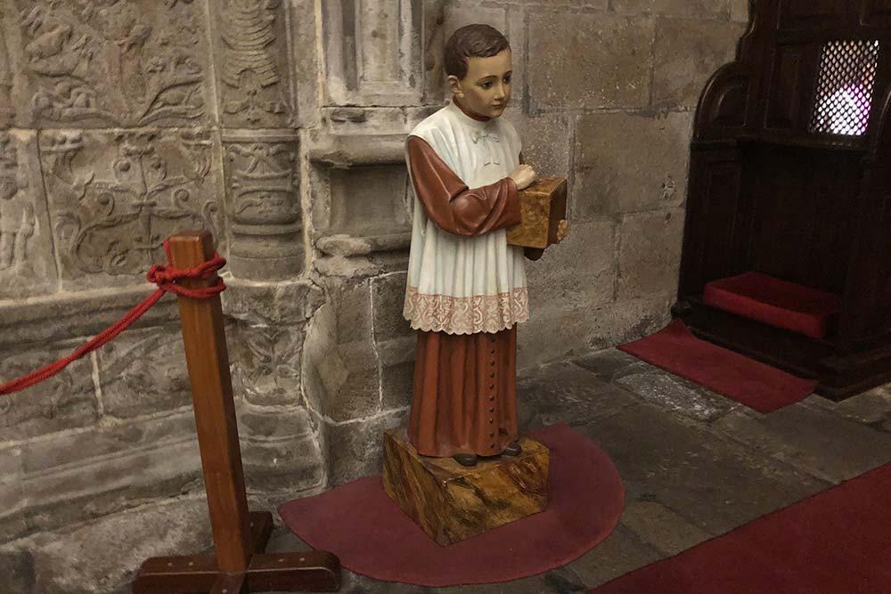 Enfant de coeur dans la Cathédrale