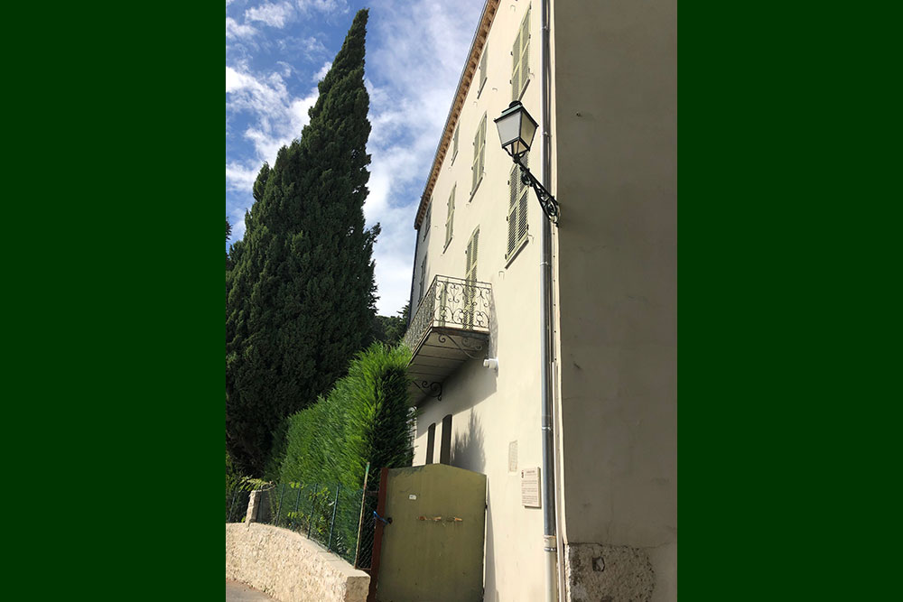 Première maison de Max Ernst et de son épouse.