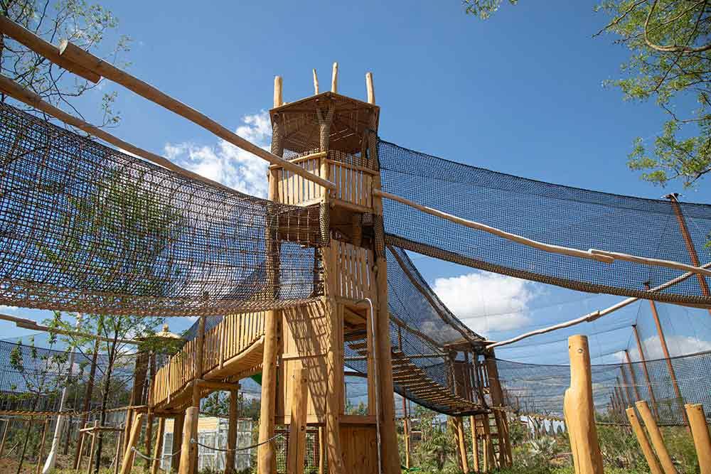 Une aire de jeu qui invite les enfants à s'imaginer explorateur…