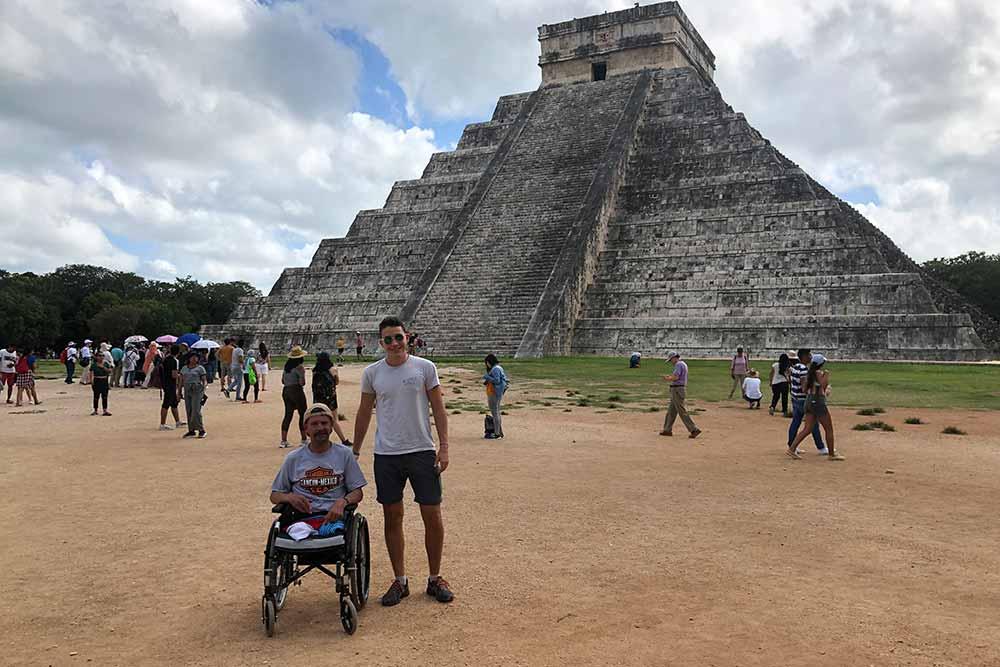 Personne à mobilité réduite - vacances au Guatémala
