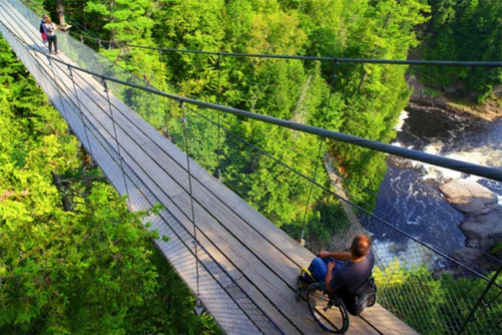 Personne à mobilité réduite - vacances au Canada